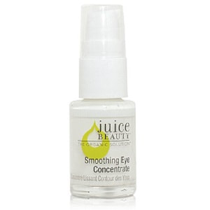 Looking for a natural cream for sensitive eyes? Juice Beauty Smoothing Eye Concentrate is great for Puffiness and Sensitive Skin. Click to read more about my review. #greenbeauty #naturalproducts #eyecream #sensitiveskin